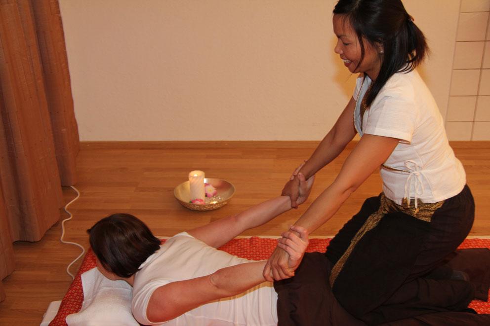 Dildo med sugpropp massage lund